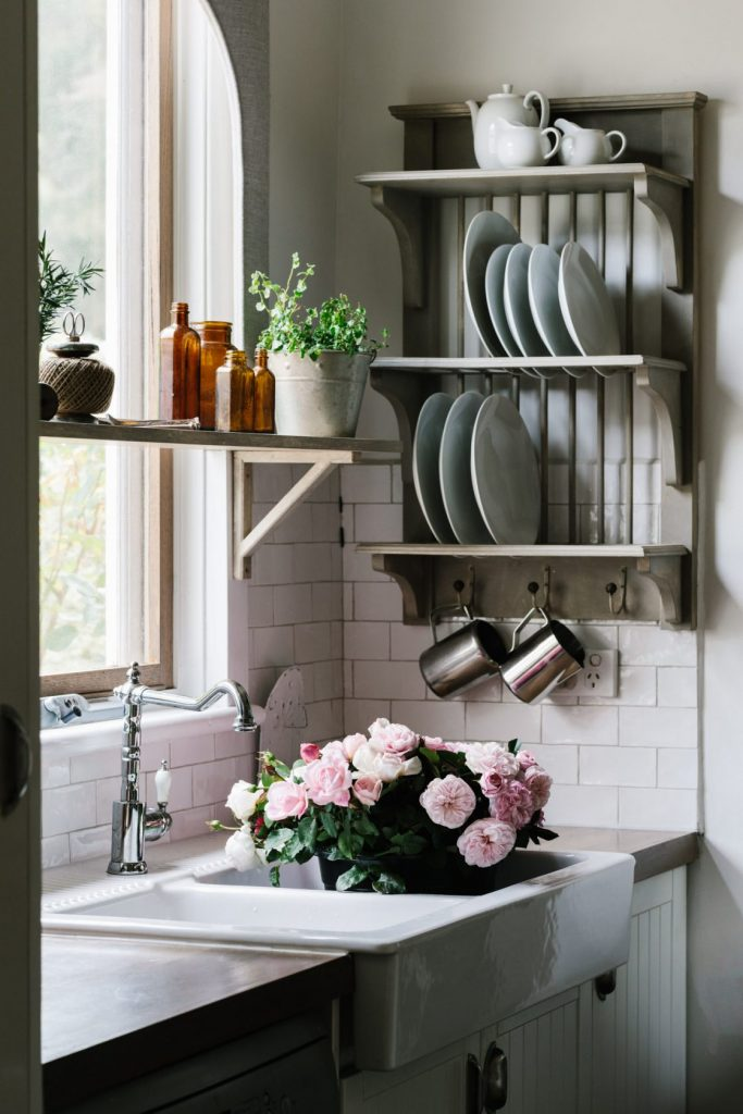Acre-of-Roses_interiors_low-res-25