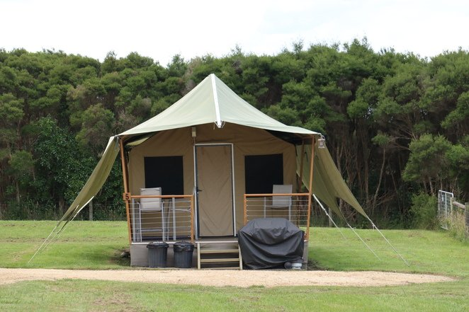 The eco tents at Promhills Cabins, Yanakie.